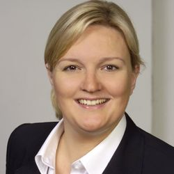 Dr. Tina Gausling